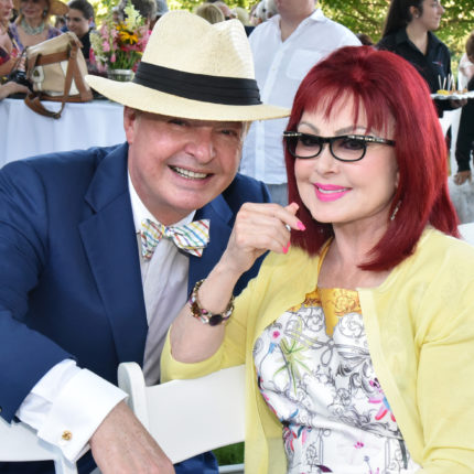 With Naomi Judd at American Humane Association Shelter to Service Graduation, July 2017